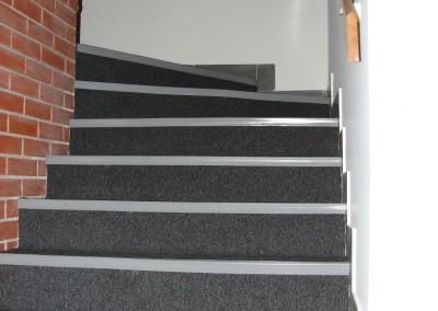 wykładzina na schodach5